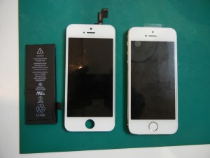 iPhone4 ガラス割 バッテリー交換 iPhone5S水没処置